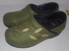Dansko Embroidered Vegan Wool Felt clogs w Leaves Womens sz EUR 36  Gray  #Dansko #Clogs