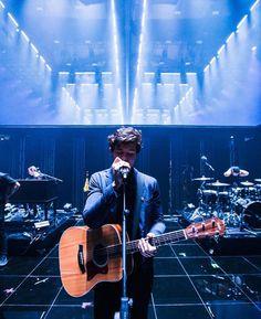 Shawn Mendes performing at MTV EMA 2017
