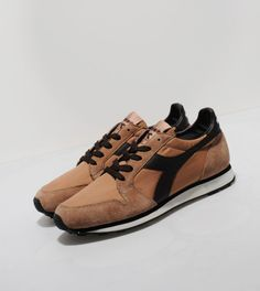 Diadora The Queen 70