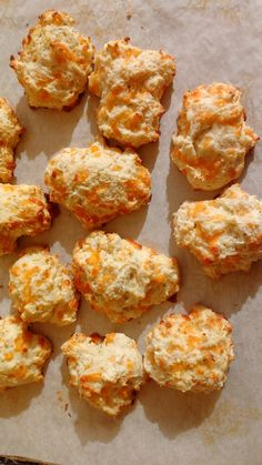Quick Cheese Biscuits, so simple and delicious! #sweetenuf #fbcigers #cheese #biscuits #homemade #recipe #baker #foodbeast #eater #huffpostgram #buzzfeast #the6ix #cookingclass #foodpics #foodgasm #lovefood #food #eater #foodblogger