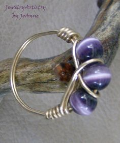 Wire Wrapped Ring - Purple Cat's Eye & Gold Filled Wire, Beautiful, Size Handmade by JewelryArtistry - Wire Jewelry Rings, Wire Jewelry Making, Beaded Rings, Metal Jewelry, Jewelery, Beaded Jewelry, Wire Earrings, Jewellery Box, Jewellery Making