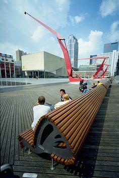 Hier onder is een enorme parkeer garage- onthoud je nummer - Another West 8 masterpiece in Rotterdam