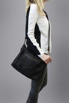 My black leather bagleather shoulder bag by TESLeatherDesign