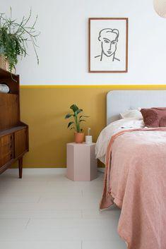 Slaapkamer makeover met najaarskleuren - Enter My Attic Dream Bedroom, Home Bedroom, Bedroom Decor, Warm Bedroom Colors, Colourful Bedroom, Student Room, Bedroom Wall Designs, Yellow Walls, Bedroom Inspo