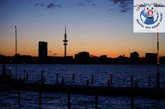 http://hwln-hamburg.blogspot.de/2012/08/hamburg-die-metropole-das-leben-und.html  http://hwln-hamburg.blogspot.de/2012/08/start.html    #hamburg #hansestadt #freie_und_hansestadt #kultur #erholung #wellness #wirtschaft #tourismus #event #marketing #promotion #hafencity #hafen_city #altona #fischauktionshalle #cruise #cruisecenter # cruise_center #AIDA #aida_cruises #TUI #MSC #kreuzfahrt #kreuzfahrtschiffe #kreuzfahrtschiff #cunard #spiegel #springer #presse #radio #fernsehen #ARD #ZDF
