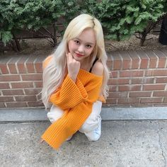 Image about kpop in 「𝚎𝚟𝚎𝚛𝚐𝚕𝚘𝚠」 by 💫 on We Heart It Kpop Girl Groups, Korean Girl Groups, Kpop Girls, Fandom, Yuehua Entertainment, Indie Kids, New Girl, Mamamoo, K Idols