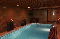 Uima-allas / swimming pool