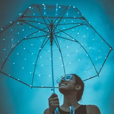 moody skies under your umbrella.☔️