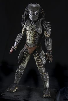 Predators: Introducing the Lost Tribe from Our Series 6 Action Figures To Catch A Predator, Predator Alien, Predator Costume, Predator Action Figures, Aliens, Alien Creatures, Creature Concept Art, Alien Art, Cinema