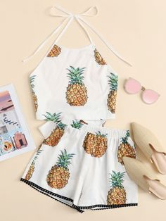 Fashion 2018 Pineapple Print Knot Back Halter Top With ShortsFor Women-romwe Cute Lazy Outfits, Crop Top Outfits, Kids Outfits Girls, Teenager Outfits, Mode Outfits, Stylish Outfits, Girls Fashion Clothes, Summer Fashion Outfits, Fashion 2018