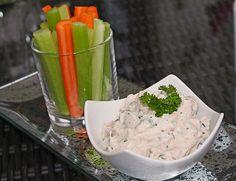 Magerquark-Thunfisch-Kräuterdip, ein schönes Rezept aus der Kategorie Fisch. Bewertungen: 14. Durchschnitt: Ø 4,3.