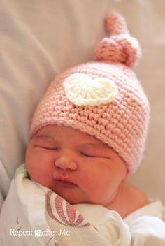 Free Newborn Crochet Knot Beanie Hat Pattern http://www.repeatcrafterme.com/2013/09/crochet-newborn-knot-hat-pattern.html?m=1