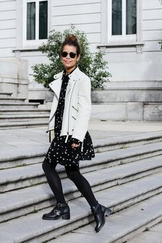 Stars_Dress-Biker_Jacket-White-Outfit-Arabel_Boots-Street_Style