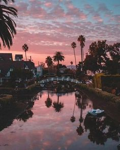Venice Beach Los Angeles, Kalifornien - Source by Beautiful Places, Beautiful Pictures, Beautiful Life, Sky Aesthetic, Summer Aesthetic, Aesthetic Collage, Travel Aesthetic, Pretty Sky, Belle Photo