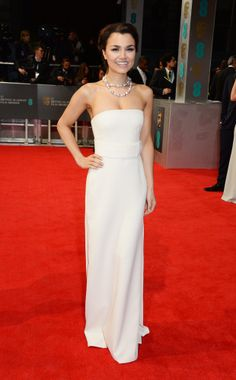 BAFTA 2014 Red Carpet Is Filled With Glamorous Gowns And Suits (PHOTOS)