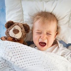 Why the Cry It Out Method Is So Controversial - Some parents swear by extinction sleep training while others think it's downright harmful. Is there a middle ground? Crying It Out Method, Cry It Out, Baby Night Terrors, Baby Schedule, Trouble Sleeping, Sleeping Through The Night, After Baby, Pregnant Mom, First Time Moms