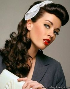 Vintage Pin up Hairstyles for Long Hair with Bandana