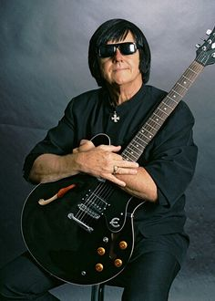 Roy Orbison... loved is music!