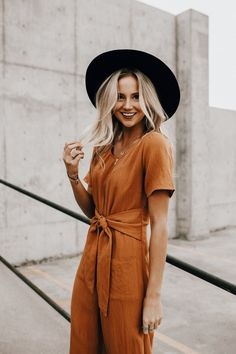 Adorable jumpsuit and hat combo... Ylime xxx