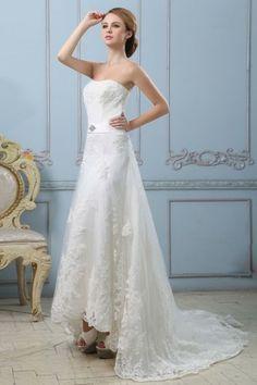 Robe de mariée dentelle bustier Ligne A décolleté en cœur ornée de applique. Cliquez pour l'acheter : http://www.persun.fr/robe-de-mariee-dentelle-bustier-ligne-a-decollete-en-coeur-ornee-de-applique-p-5196.html