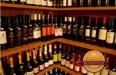 """""""No banquete da vida a amizade é o pão, e o amor é o vinho. Paolo Mantegazza"""""""