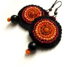Fire felt earrings with orange glass beads by VesztlFanni on Etsy