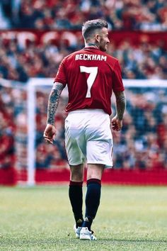 David Beckham Body, David Beckham Haircut, David Beckham Style, Semifinales Champions, Liverpool Champions League, David Beckham Manchester United, Manchester United Players, Andrea Pirlo, Best Football Players
