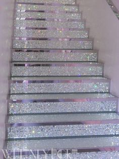 love the stairs <3 Would like it if it had the crushed glass in shades from white to navy as you go up....that would be sweet.