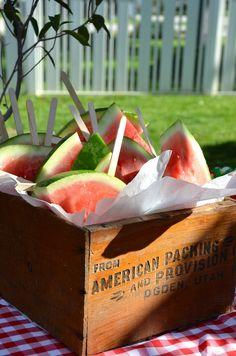 Watermelon on a Stick // love how they are served in the vintage American crate, could also use red/white/blue metal tub or pails #MemorialDay #healthy #USA