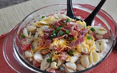 Smoked Bacon Ranch Pasta Salad- THM (S) sub dreamfields pasta and use ranch seasoning and Greek yogurt instead of ranch dip in recipe