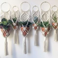 Macrame-DIY-Fiber Art-Textiles-Weaving-Craft-InChicago by amyzwikelstudio Macrame Design, Macrame Art, Macrame Projects, Macrame Knots, Micro Macrame, Macrame Plant Holder, Hanging Plants, Diy And Crafts, Weaving