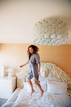 Kelly Wearstler Malibu home Vogue Living photo by Nick Hudson bedroom bubble glass pendant