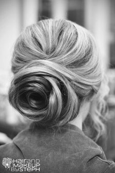 An amazing rose up-do