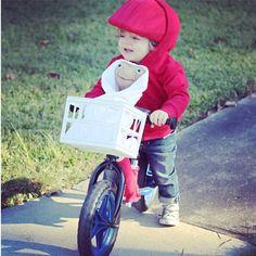 """My nephew had the best costume I've ever seen"" #ET #halloween (_verch_'s photo on Instagram)"