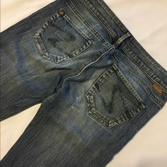 Silver's western glove works Tina 27/33 Has a slight wear as pictured Silver Jeans Jeans