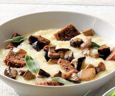 Ricetta Vellutata di patate con funghi e crostini - La Cucina Italiana: ricette…