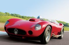Stirling Moss-crashed 1956 #Maserati 450S to be auctioned in Monaco