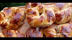 Bir günde 3 defa yaptım 👌 Böyle açma tarifi pastanede bile yok 💯💯💯 - YouTube Food Humor, Pain, Bagel, Shrimp, Sausage, Food And Drink, Bread, Cooking, Youtube