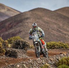 @Regrann from @rallybikes - Another great photo from the Dakar Rally!  ¡Otra genial foto del rally Dakar!  #rallybikes #rallybike #dakarrally #rallydakar Check our page: www.facebook.com/rallybikes Photo by @laurentlazard - #regrann