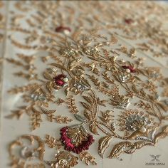 Hand Embroidery details from a customised bridal ! Zardosi Embroidery, Hand Work Embroidery, Couture Embroidery, Indian Embroidery, Paper Embroidery, Embroidery Fashion, Hand Embroidery Designs, Embroidery Dress, Beaded Embroidery