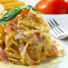 A Yummy Spaghetti Carbonara recipe. This Delicious meal is a family favorite. Italian Spaghetti Carbonara Recipe from Grandmothers Kitchen. Pasta Recipes, Chicken Recipes, Dinner Recipes, Cooking Recipes, Pasta Carbonara, Italian Dishes, Italian Recipes, Italian Pasta, Pasta Dishes
