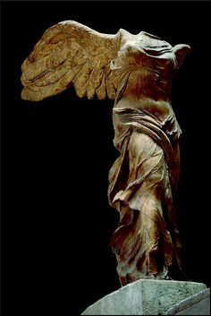 Winged Victory of Samothrace c. 220–190 BC. Parian marble. Louvre Museum