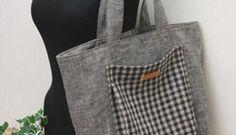Bolsa com bolso externo bem charmoso