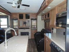 2016 New Keystone Montana 310RE Fifth Wheel in California CA.Recreational Vehicle, rv, 2016 Keystone Montana310RE, 12cu. ft. Side by Side Refrigerator, AUTO LEVEL SYSTEM, Decor- Fresco, Free Standing Dinette, High Country Pkg, Moving to Montana Pkg, Power Vent Fan- Bathroom, RVIA Seal,