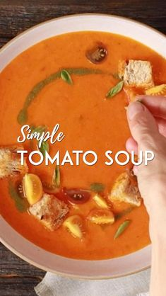 Vegan Tomato Soup, Tomato Soup Recipes, Vegetarian Soup, Fun Easy Recipes, Healthy Crockpot Recipes, Cooking Recipes, Indian Food Recipes, Whole Food Recipes, Hot And Sour Soup