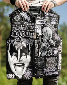 Swedish dude that loves to be creative with leather and denim. Custom Denim Jackets, Best Leather Jackets, Men's Leather Jacket, Punk Jackets, Cool Jackets, Punk Rock Fashion, Denim Fashion, Band Jacket, Battle Jacket