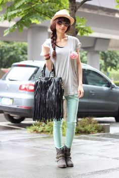 Heather-gray-boots-periwinkle-shirt-aquamarine-pants-peach-accessories
