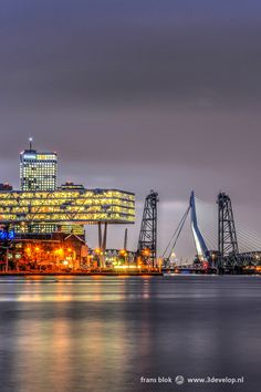 Night falls over Rotterdam World Cities, Countries Of The World, Rotterdam Skyline, Dutch Netherlands, Famous Bridges, The Two Towers, Bucket List Destinations, Paradise On Earth, The Old Days