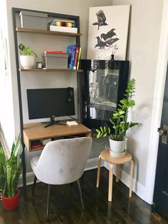 Tiny Home Decor Ideas in a Small Studio. Need ideas for decorating an itty bitty. Home Design, Design Ppt, Home Office Design, Design Websites, Design Concepts, Design Ideas, Apartment Kitchen, Apartment Interior, Apartment Living