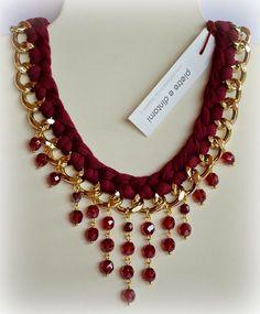 Collar Cadena y Gamuza Roja con Cristales redondos